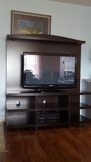 Panasonic tv with stand for Sale in Affton, MO