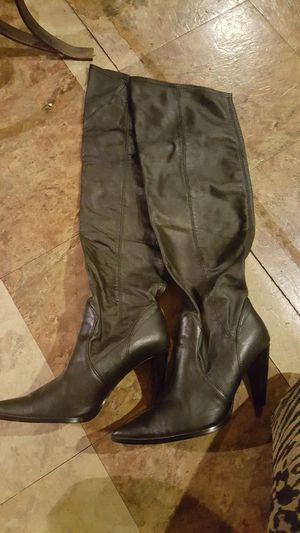Leather high boots size 9 for Sale in Manassas, VA