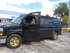 2003 Chevy Express $1,200. for Sale in Belle Isle, FL