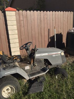 Lawn tractor for Sale in Riverside, CA