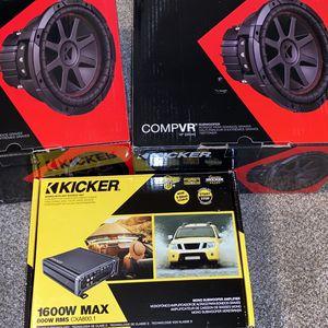 700 10 In Kicker Comp Vr 1600 Kicker Watt Amp for Sale in Dinuba, CA