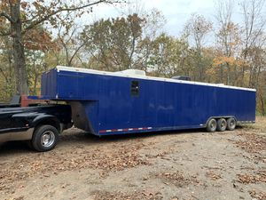 42 ft enclosed trailer for Sale in Frederick, MD