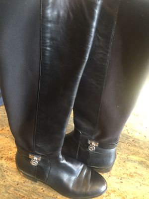 Michael Kors black boots size 7 for Sale in Wasco, CA