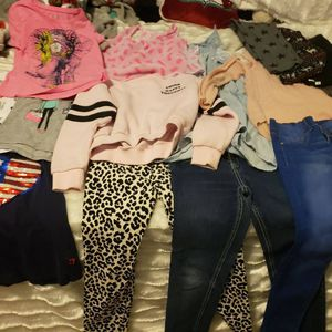Girls 6-7 size clothing for Sale in Menifee, CA