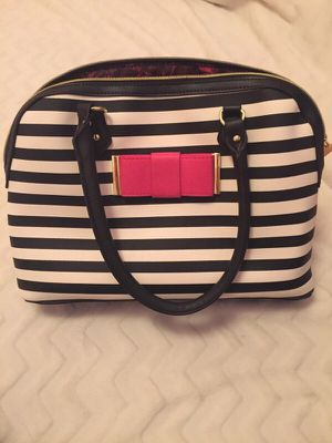 Brand New Striped Betsey Johnson Purse for Sale in Tacoma, WA