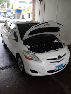 Toyota yaris 2008 $ 3,200 le funciona todo no le hace falta nada. for Sale in Chicago, IL