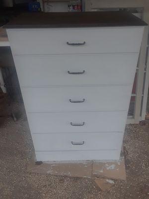 Dresser for Sale in Clanton, AL