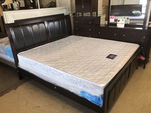 Queen bedroom set for Sale in Baltimore, MD