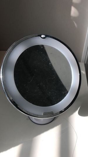 Beautural 10x magnifying Makeup Mirror with LED, Lighted Magnifying Vanity Makeup Mirror for Home Tabletop Bathroom Shower Travel,360 degree rotation for Sale in Columbus, OH