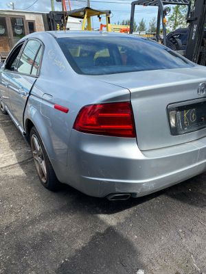 acura tl 2005 only parts for Sale in Hialeah, FL