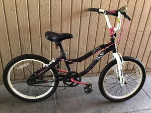 "20"" girls bike for Sale in Henderson, NV"