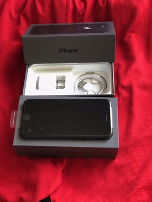 iPhone 8 factory unlock 64GB Black for Sale in Glenview, IL
