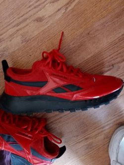 Red Reebok Shoes For Men 100$ Now 50$ for Sale in Burnet,  TX