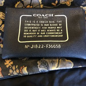 Small Coach Bag for Sale in Arlington, TX