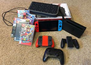 Nintendo switch MEGA BUNDLE.. 5 GAMES, Extra Controllers. Call or text7244291257me for Sale in Phoenix, AZ