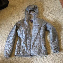 Womens Patagonia NanoPuff Hoodie - Medium for Sale in Orange,  CA