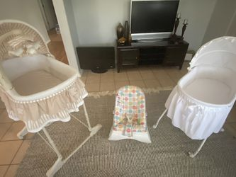 Baby Beds Set At Perfect Condition And Work Everything for Sale in Tampa,  FL