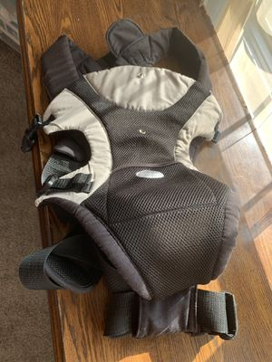 Baby carrier for Sale in Detroit, MI