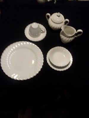 Snowflake China 32 piece Made in England for Sale in Roy, WA