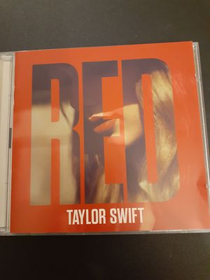 TAYLOR SWIFT RED Deluxe Edition (CD + DVD) for Sale in Lewisville, TX