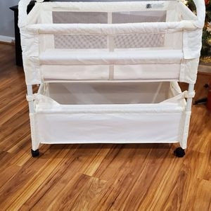 Bassinet for Sale in Silver Spring, MD