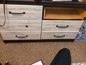 Bedroom furniture for Sale in Detroit, MI