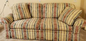 """Clayton Marcus """"like new"""" Large Striped Sofa With pleated bottom Real Wood Legs, 2 Matching Pillows for Sale in Cranberry Township, PA"""