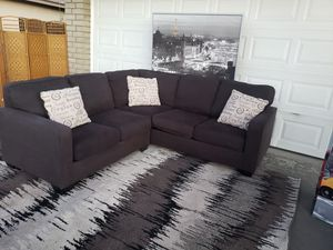 SECTIONAL SOFA COUCH GORGEOUS DARK GRAY for Sale in Phoenix, AZ