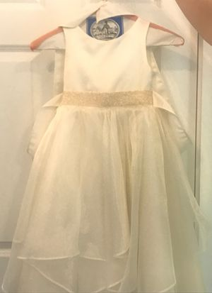 Flower girl or Communion dress size 4 for Sale in Bloomingdale, IL