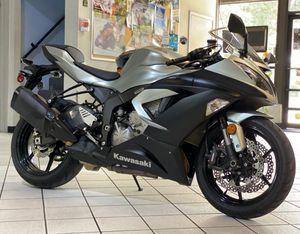 2018 KAWASAKI NINJA ZX-6R ZX6R ZX6 MOTORCYCLE for Sale in Hialeah, FL