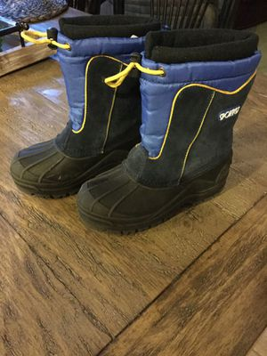 Kids snow boots size 13 for Sale in Murrieta, CA