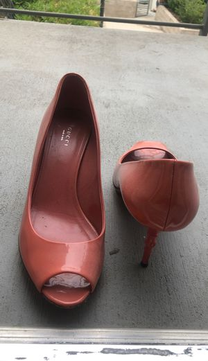 Gucci Shoes Size 39 for Sale in Los Angeles, CA
