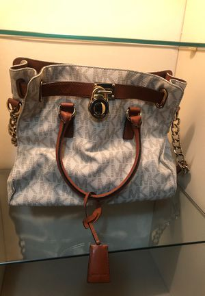 Michael Kors for Sale in Painesville, OH
