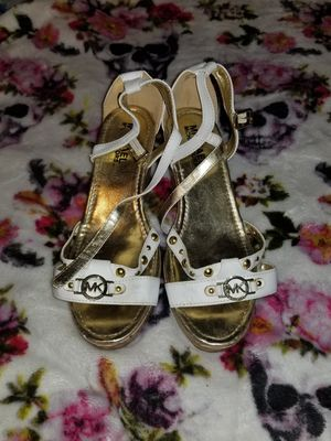 Michael Kors sandals for Sale in Pflugerville, TX