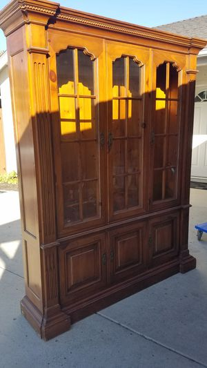 Kitchen cabinet $40 for Sale in Vista, CA