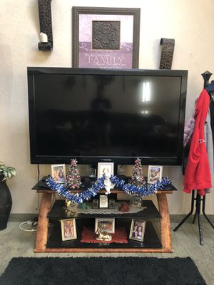 Toshiba 65 inch tv for Sale in San Diego, CA