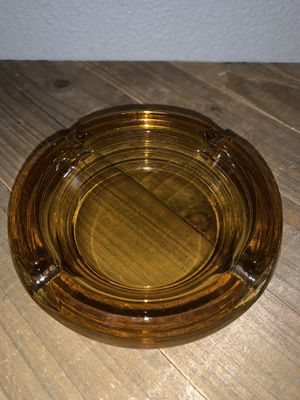 "Vintage 4.5"" Amber Orange Round 4 Slot Glass Ashtray for Sale in Citrus Heights, CA"
