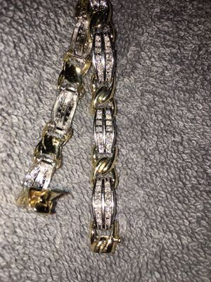 White and yellow gold diamond bracelet for Sale in Federal Way, WA
