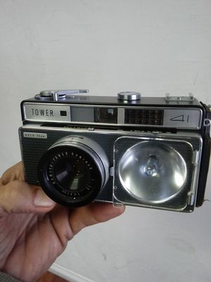 Tower 41 Auto 35mm Rangefinder circa@1950's for Sale in Montclair, CA