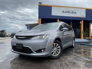 2017 Chrysler Pacifica for Sale in Orlando, FL