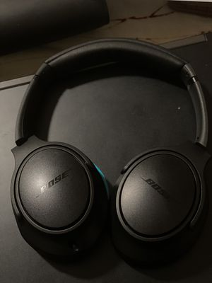 Bose Wired Headphones for Sale in Elmont, NY