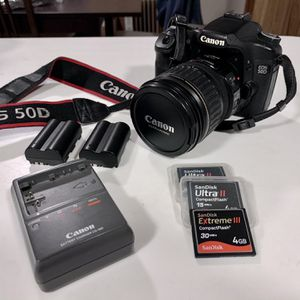 Canon 50D /w Lens, batteries, memory cards for Sale in Tukwila, WA