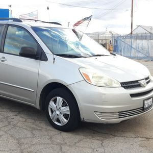 2005 Toyota Sienna for Sale in Lancaster, CA