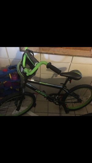 Huffy kids bike with helmet for Sale in Belle Isle, FL