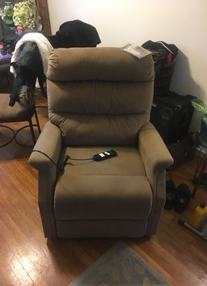 Ashley remote control recliner for Sale in Mount Rainier, MD