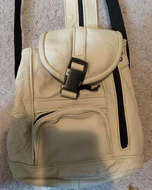 Great leather purse backpack great shape for Sale in Philadelphia, PA