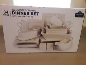 Dinner set for Sale in Montgomery, AL