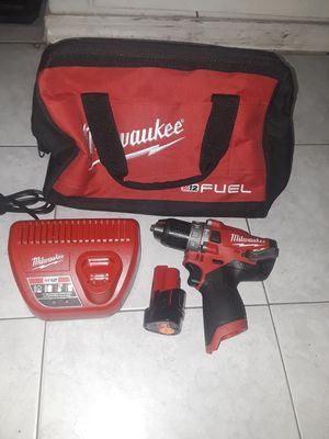 Milwaukee M12 FUEL 12-Volt Lithium-Ion Brushless Cordless 1/2 in. Hammer Drill and Driver Kit W/ 4.0Ah & 2.0Ah Battery & for Sale in Anaheim, CA