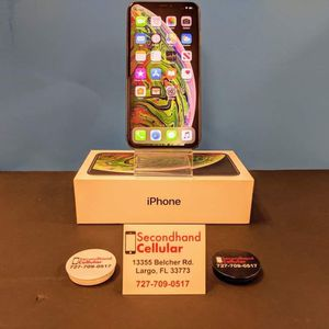 Space Grey IPhone XS Max 64GB for Sale in Seminole, FL