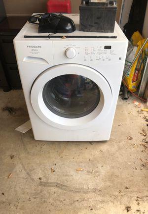 Frigidaire washing machine for Sale in Wheaton, IL
